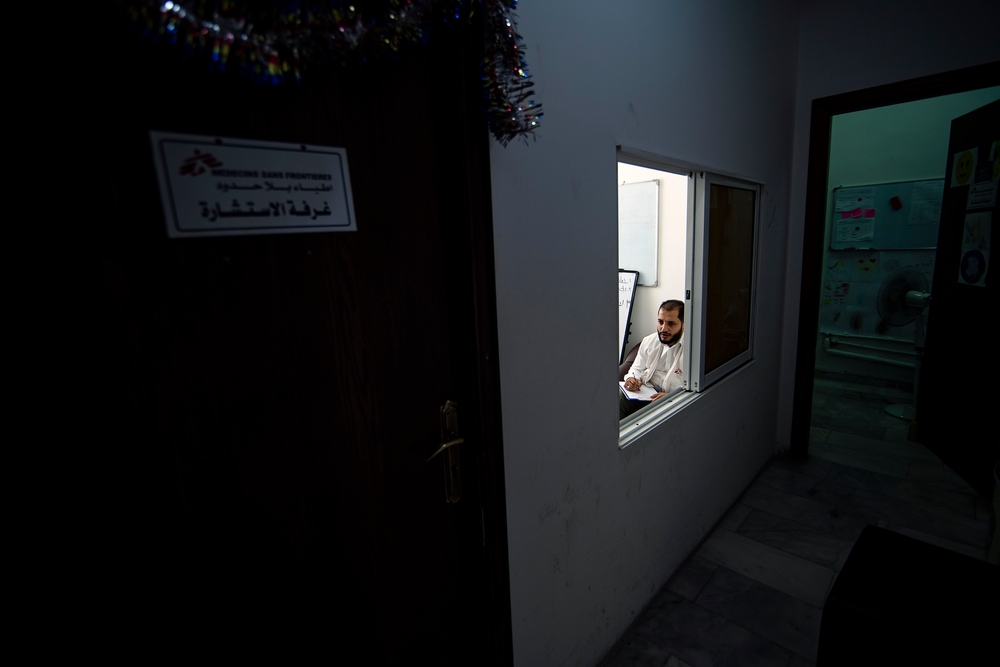 Psicólogos de Médicos Sin Fronteras atienden a refugiados sirios en Jordania