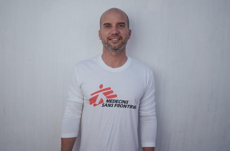 Jay Berger, coordinador de proyectos, 41 años, EE. UU. Esta es su segunda misión de búsqueda y rescate con MSF, después de haber pasado 7 meses en el mar con el Aquarius entre 2017 y 2018 como logista, donde fue responsable de toda la logística.