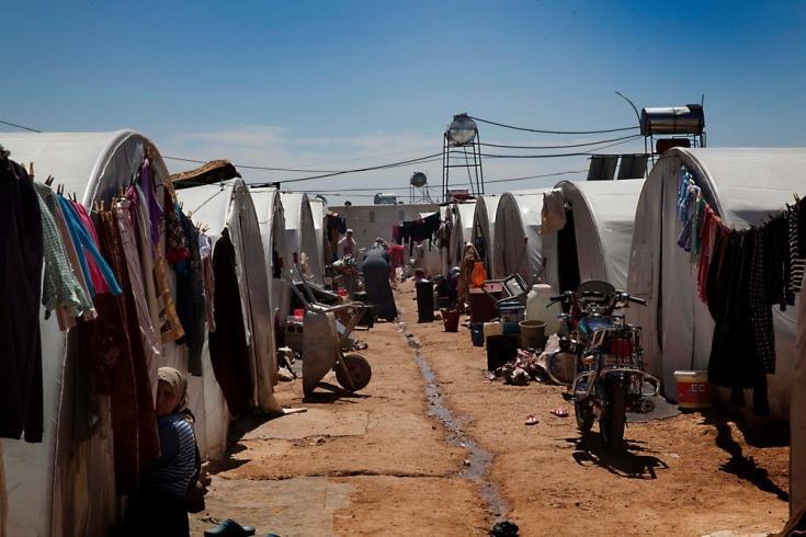 Un campo de tránsito en la provincia de Alepo, junto a la frontera turca. Alrededor de noviembre de 2012, 4.000 personas desplazadas vivían en este asentamiento temporal; en abril de 2013, había alrededor de 10.000.