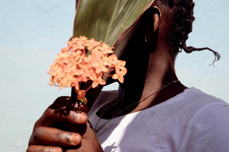 Cuando Charlotte llegó a Tongolo en el hospital comunitario, lamentablemente ya había pasado demasiado tiempo después de la violación como para que tomara muchos de los medicamentos preventivos o la píldora del día después. República Centroafricana