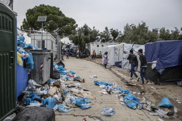 En el campo de Moria, Grecia, 13.000 personas están varadas en un campo diseñado para albergar a 3.000.