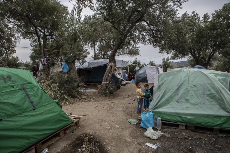 Vista general de un sector en el campo de refugiados de Moria, en la isla de Lesbos. Aquí viven atrapadas 13.000 personas en un espacio originalmente diseñado para albergar a 3.000.