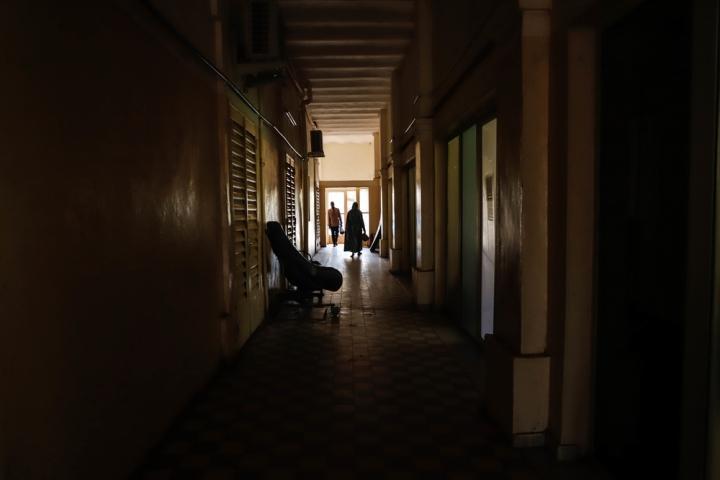 En los pasillos del departamento de oncología del Hospital Universitario de Point G en Bamako, con el apoyo de Médicos Sin Fronteras, enero 2020.