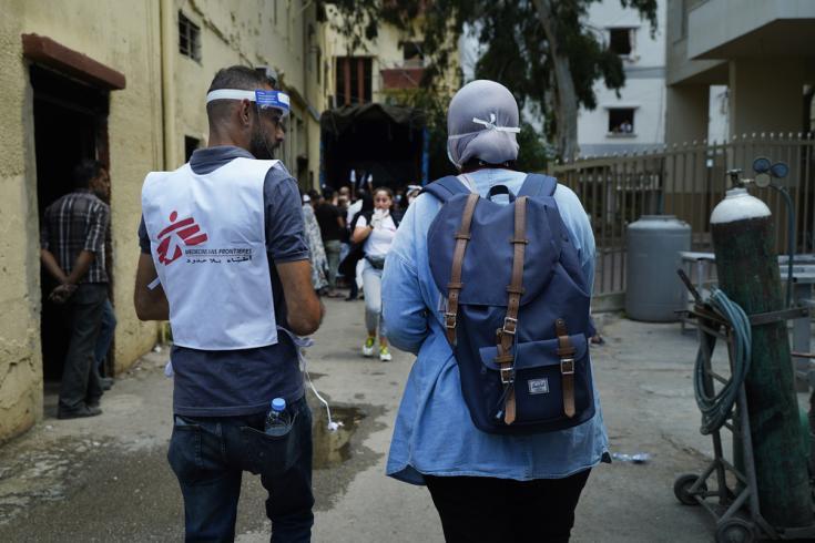 Tras la explosión, un equipo de Médicos Sin Fronteras está realizando visitas puerta a puerta a los vecinos del barrio de Karantina, Beirut.