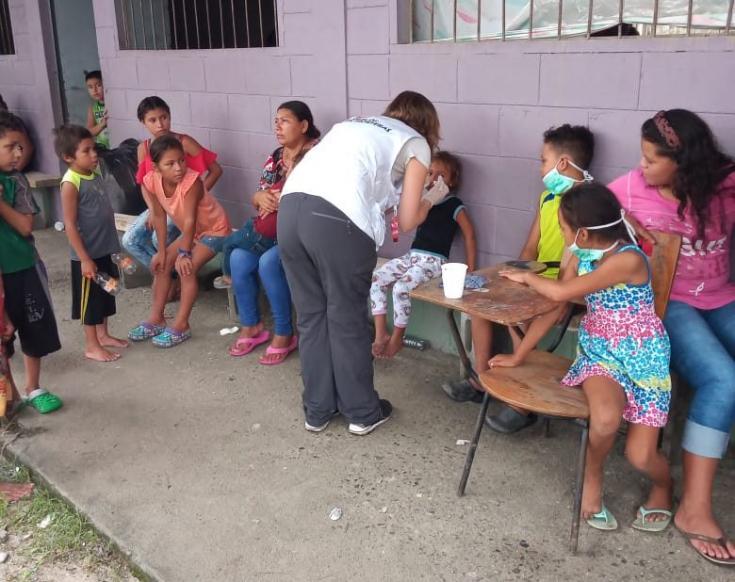Trabajadora de Médicos Sin Fronteras en Honduras, tras el huracán Eta.