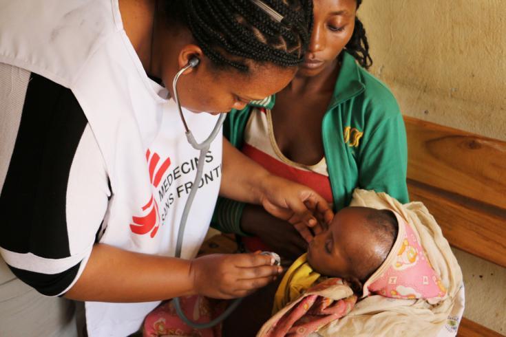 Niño desplazado en Etiopía