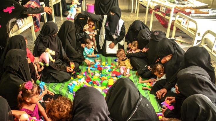 Niños y madres en Yemen