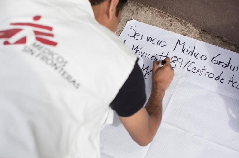El equipo de MSF se instala en la zona de San Gregorio en Xochimilco, Ciudad de México, que ha sido muy afectada por el terremoto del 19/09. ©Jordi Ruiz Cirera