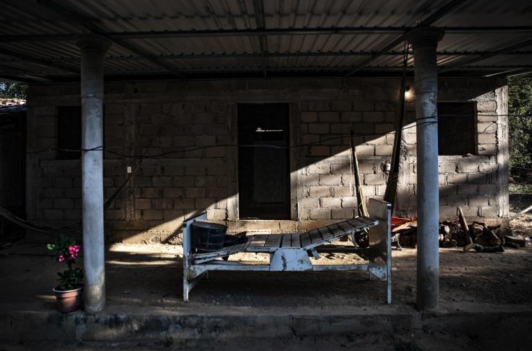 El acceso a servicios médicos se ve con frecuencia imposibilitado o dificultado por la situación de bloqueo en los pueblos. Visitamos a aquellas localidades afectadas de forma regular hasta que la situación se vuelve a normalizar.