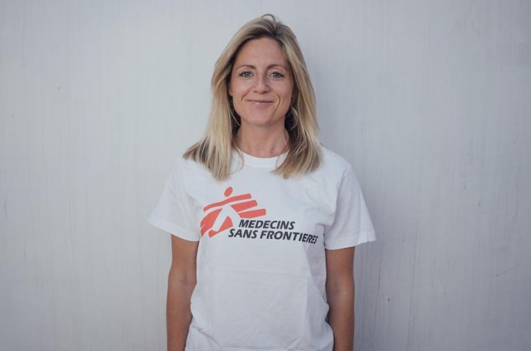 Hannah, coordinadora de comunicaciones, Reino Unido. Hannah comenzó su carrera profesional como publicista, antes de cambiar Londres por su vida como activista humanitaria y de derechos humanos.