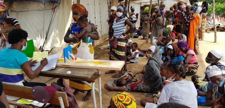 Consultas neonatales e infantiles en nuestra clínica móvil en el campamento de desplazados internos 25 de junio. Marzo de 2021
