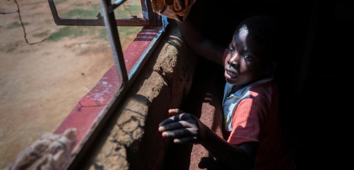 Tanya, 10 años. Diagnosticada con VIH desde que era un bebé.