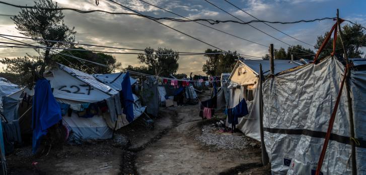Olive Grove asentamiento improvisado en Grecia