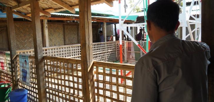 Metun (nombre fue cambiado por petición de la persona) es un refugiado rohingya que vive en el mega campo de refugiados de Kutupalong-Balukhali, en Cox's Bazar, Bangladesh.