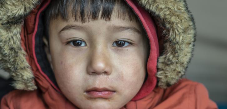 """""""Mi hijo, Mohammed tiene casi 3 años y sufre de trastornos cerebrales"""", cuenta Gul, su madre. Más de 19.000 personas vivien en el campo de Moria, inicialmente creado para albergar a 3.000."""