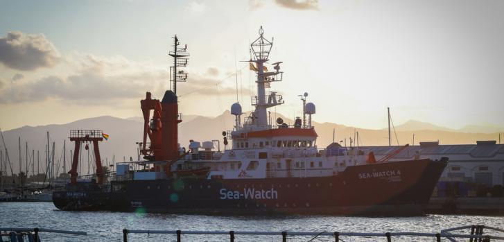 El nuevo barco de búsqueda y rescate de MSF y Sea-Watch, el Sea-Watch 4, se encuentra en el puerto de Burriana preparándose para su primera misión en el Mediterráneo central. Foto: España, agosto de 2020.