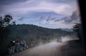 Camino que une Butembo y Kalunguta en República Democrática del Congo. La imagen es de nuestra intervención en la zona en 2018, para prestar apoyo durante el décimo brote de ébola en el país. 22/11/2018