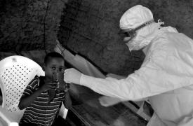 Atención a pacientes de Ébola en República Democrática del Congo, 2009