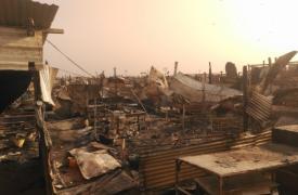 Refugios destruidos durante los enfrentamientos