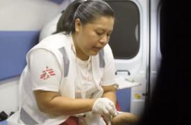 Enfermera y conductora en El Salvador
