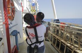 Rescate de Médicos Sin Fronteras en el barco Dignity I en el Mar Mediterráneo © Agus Morales/MSF