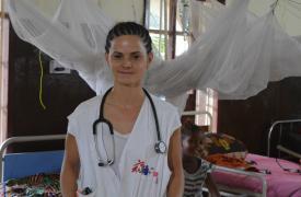 Enfermera argentina de Médicos Sin Fronteras en Sierra Leona, África
