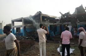 11 muertos y al menos 19 heridos por un ataque aéreo al hospital de Abs (Hajjah), apoyado por MSF en Yemen