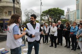 Acto de conmemoración a un mes del bombardeo al hospital de MSF en Kunduz en Buenos Aires
