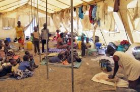Desplazados en el espacio de Protección de Civiles © Beatrice Debut/MSF