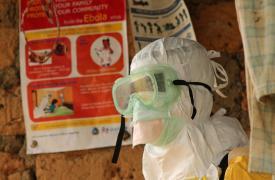 Ébola: los logros conseguidos en Liberia, en peligro. La respuesta internacional debe adaptarse a la nueva fase de la epidemia.