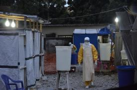 Guinea-Conakry: un centro de Ébola al límite de sus capacidades.