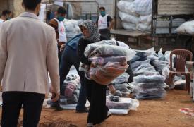 Las personas que viven en campamentos en toda la región enfrentan la perspectiva de tiendas de campaña con goteras, calles llenas de barro y temperaturas bajo cero.