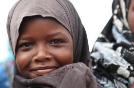 Una niña de Somalia, en el campo de refugiados de Dagahaley, parte del conjunto de Dadaab, en Kenia