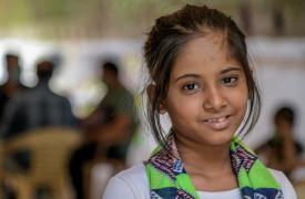 Niña de 10 años, sobreviviente de tuberculosis, curada con un tratamiento basado en la bedaquilina y la delamanida en nuestra clínica independiente en Mumbai, India. Marzo de 2021