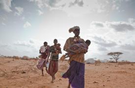 Refugiados somalíes en el campo de refugiados de Dadaab (Kenia) ©Brendan Bannon