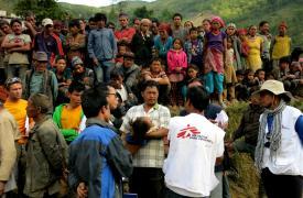 Clínica móvil de MSF en las áreas más alejadas de Nepal. © MSF