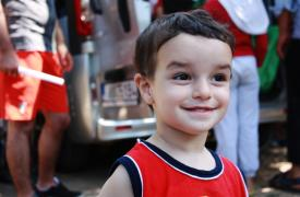 Gheis es de Siria y tiene un año y siete meses. Pasó seis noches en una carpa en las calles de Kos.
