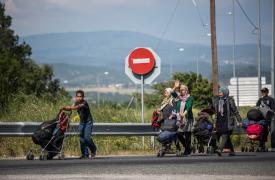 Refugiados dejan el campo de Idomeni en Grecia ©Jodi Hilton/Pulitzer Center on Crisis Reporting