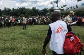 Un cargamento con suministros médicos llega a Itipo para combatir el brote de Ébola.