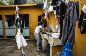 Médicos Sin Fronteras atiende a migrantes, solicitantes de asilo y mexicanos deportados en dos albergues en la ciudad fronteriza de Nuevo Laredo, Tamaulipas, México.