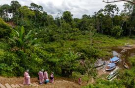 Parte del equipo de Médicos Sin Fronteras recorriendo la Amazonia brasileña en respuesta al coronavirus COVID-19.