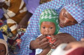 Tratamiento de MSF contra la desnutrición en Níger
