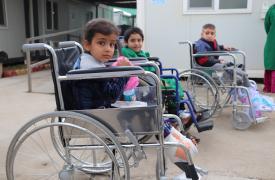Niños en cuidados postoperatorios en Mosul, Irak